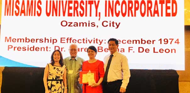 Misamis University receives PERAA Award, MU President receives Distinguished Physiatrist Award