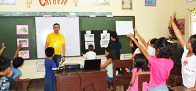 Misamis University targets children of Carangan Creek